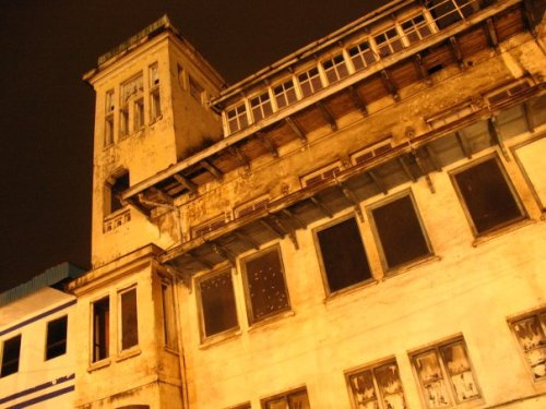Eksterior gedung Cipta Niaga (foto: Inggita Notosusanto).
